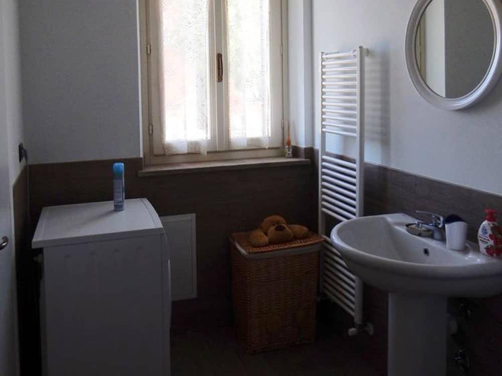 bagno appartamento Chekov