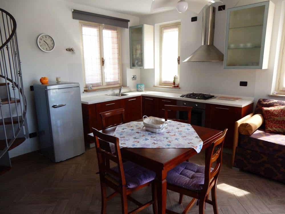 cucina/soggiorno appartamento Chekov
